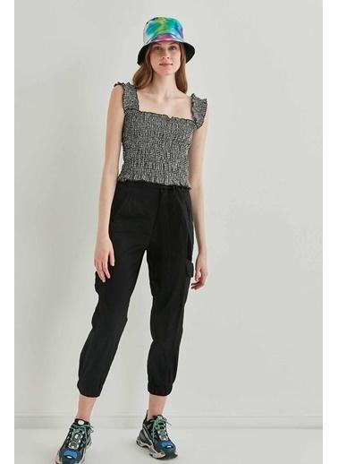 Vitrin Gipeli Kalın Askılı Mini Bluz Siyah